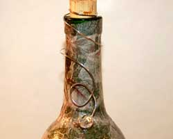 detail of top of wine bottle