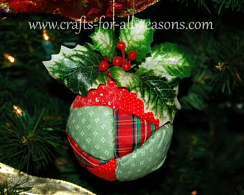 http://www.crafts-for-all-seasons.com/image-files/quilted-ball-ornament-1.jpg