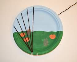 tie yarn around plate