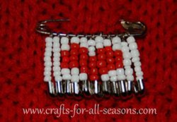 beaded heart safety pin
