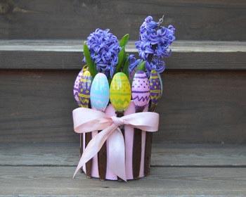 easter egg spoon planter