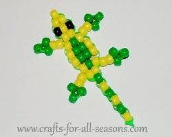 Lizard lanyards are fun to make! This is a great craft project for tweens  and teens. c406816f1